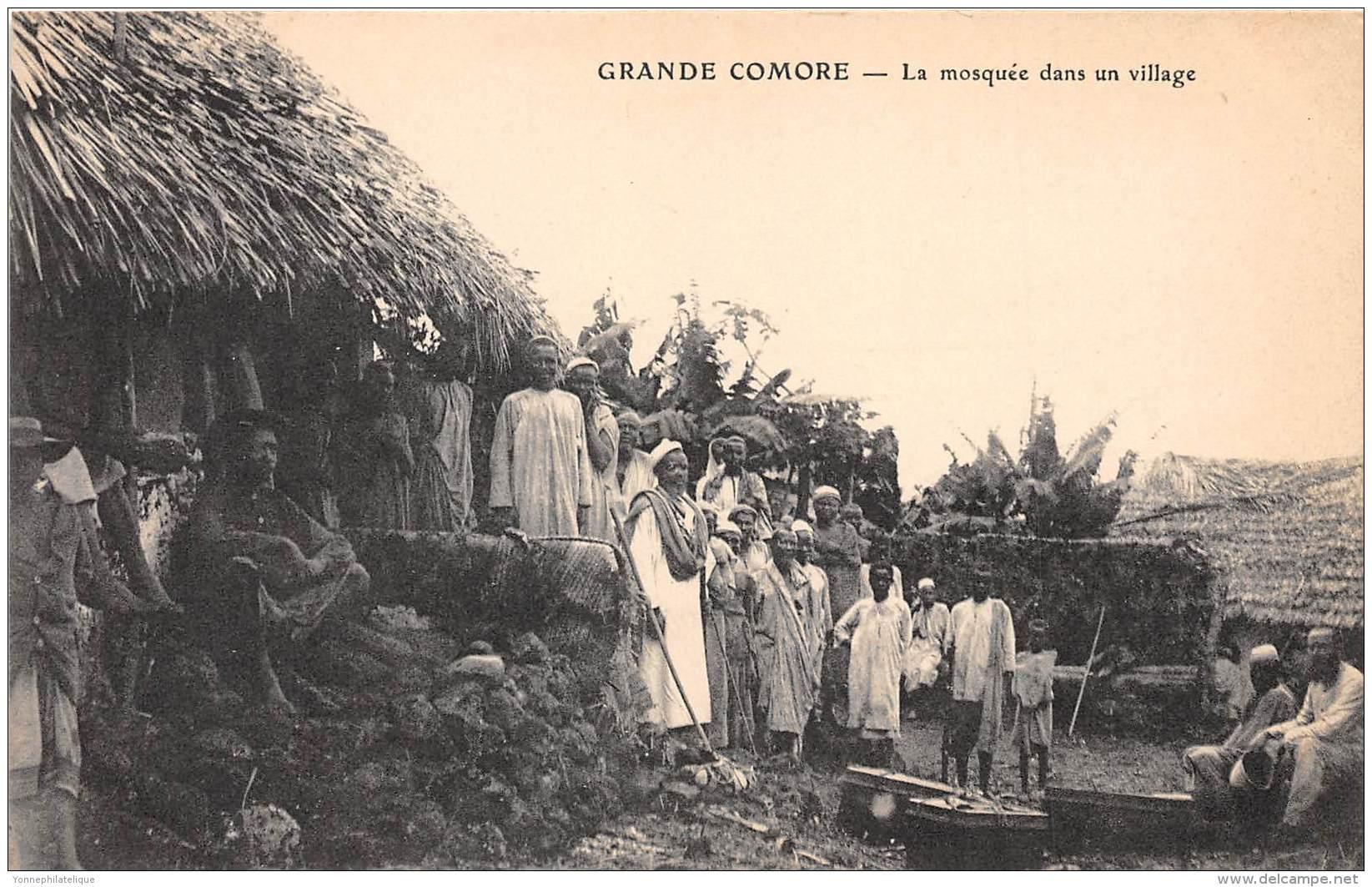 COMORES - H / La Mosquée Dans Un Village - Beau Cliché Animé - Comores