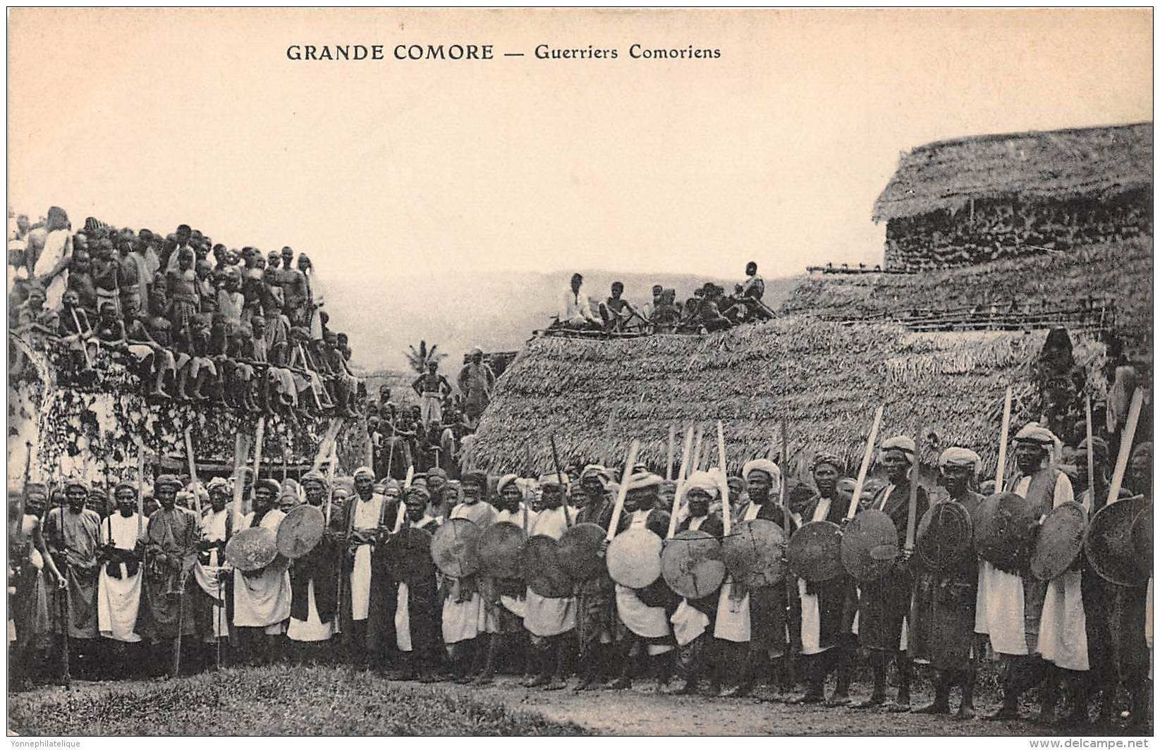 COMORES - H / Guerriers Comoriens - Comores