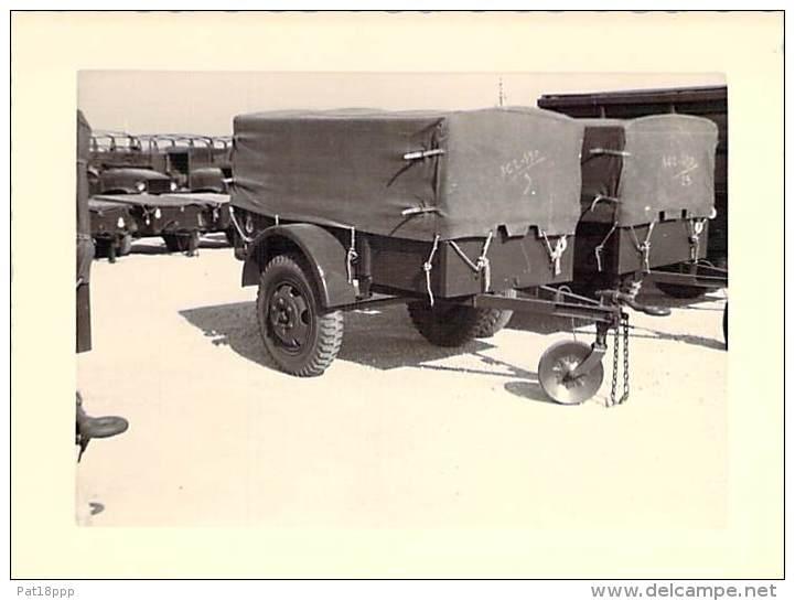 ** Lot De 4 Photos ** PHOTOGRAPHIE Originale MILITARIA (1950-60's) Matériels Militaires Divers - Format 11.8 & 12.8 - War, Military