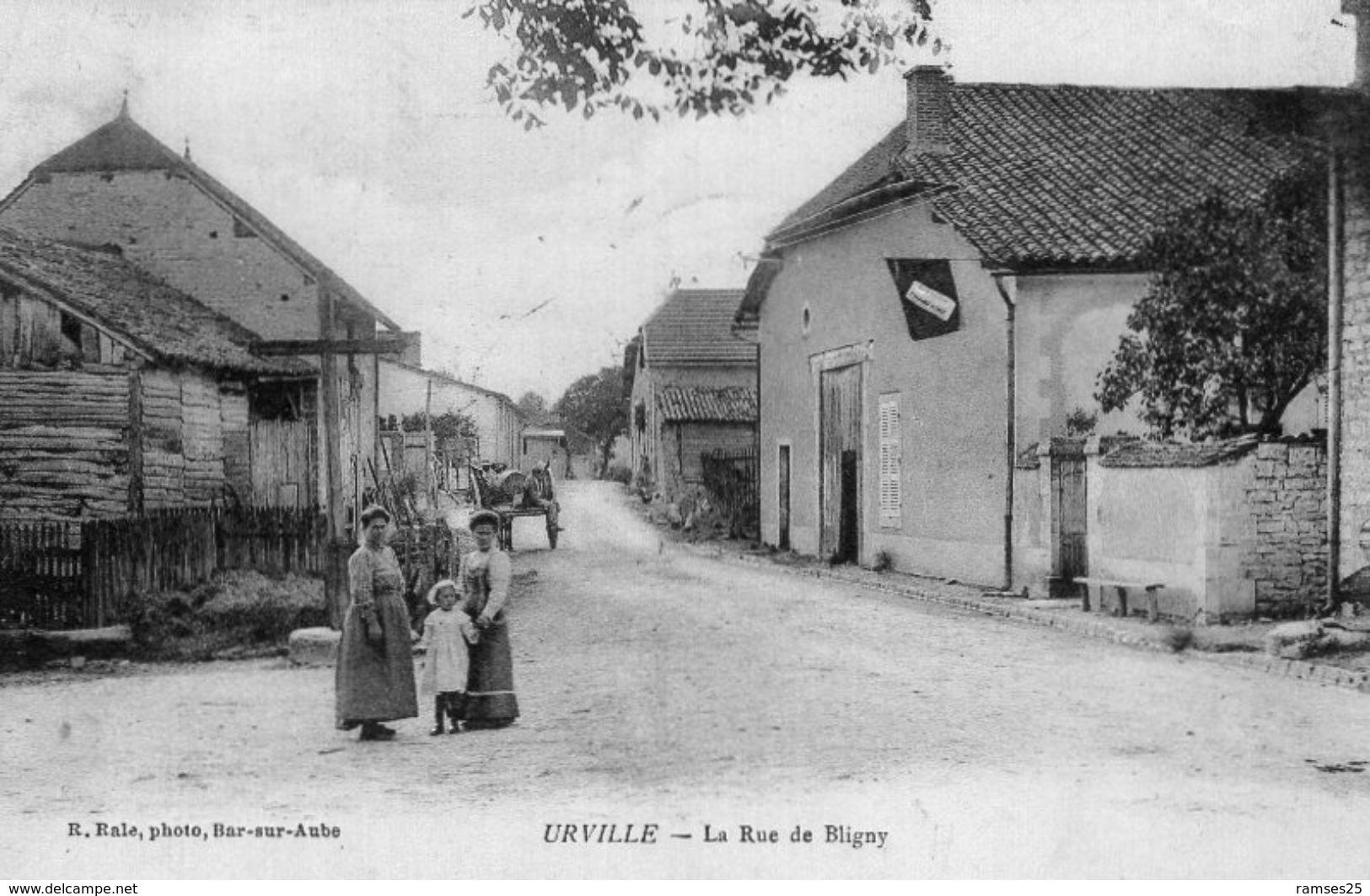 (43)  CPA  Urville  Rue De Bligny    (Bon Etat) - Autres Communes