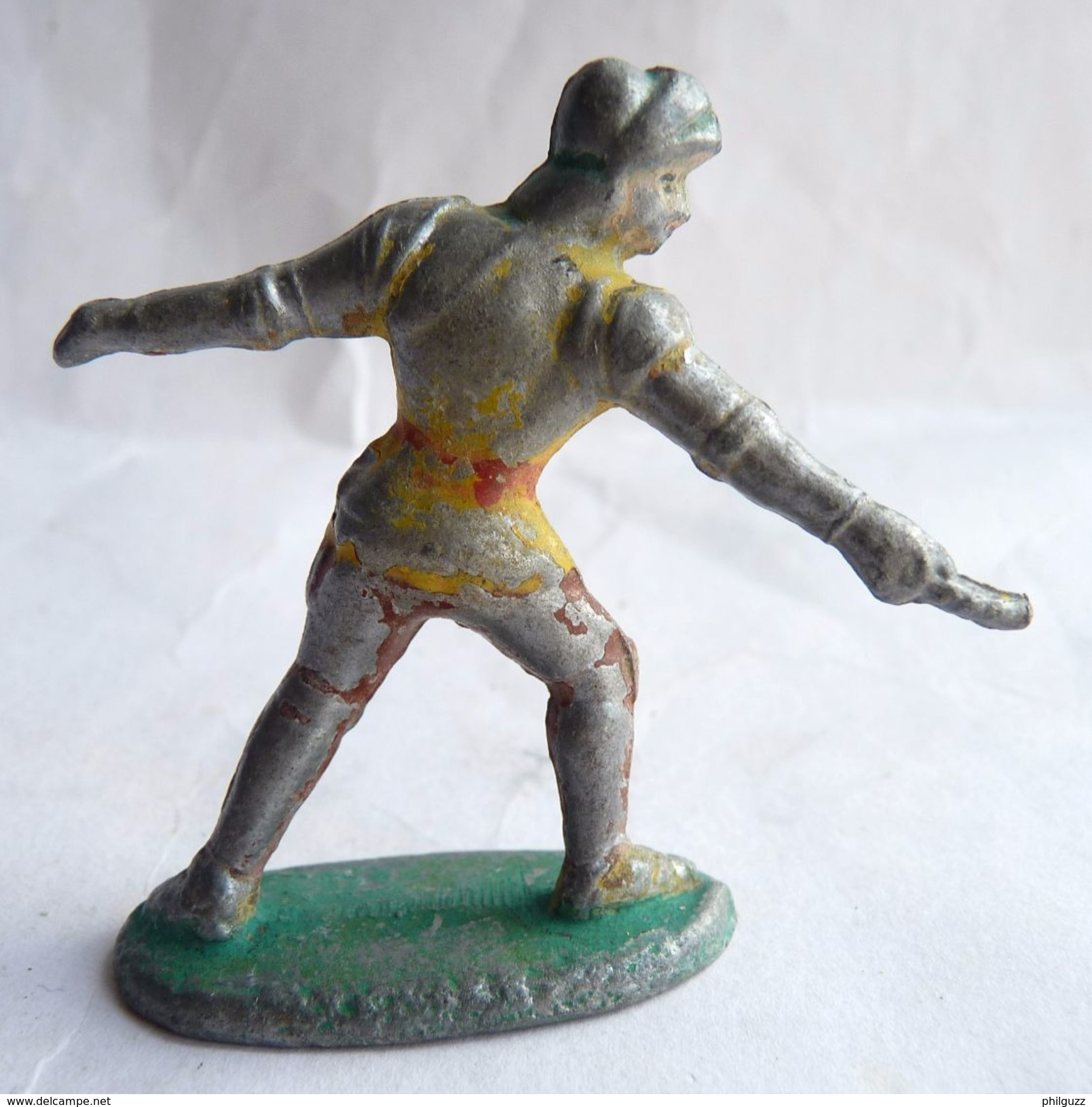 FIGURINE NININ CHEVALIER MEDIEVAL EPEE Incomplet Pas QUIRALU - Quiralu