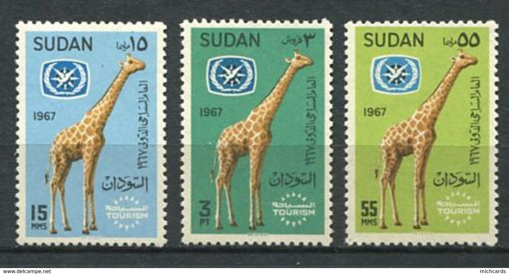 159 SOUDAN 1967 - Yvert 195/97 - Girafe - Neuf ** (MNH) Sans Trace De Charniere - Soudan (1954-...)