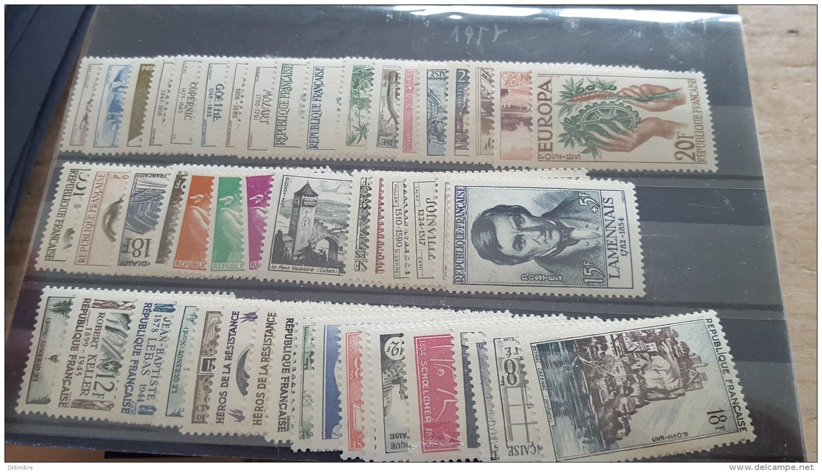 LOT 362805 TIMBRE DE FRANCE NEUF** ANNEE 1957 DEPART A 1€ - France
