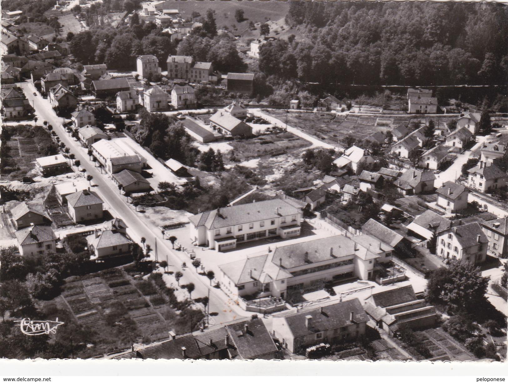 Carte Postale   - N° 1049  A ---- REMIREMONT - Vue Panoramique Aérienne - Remiremont