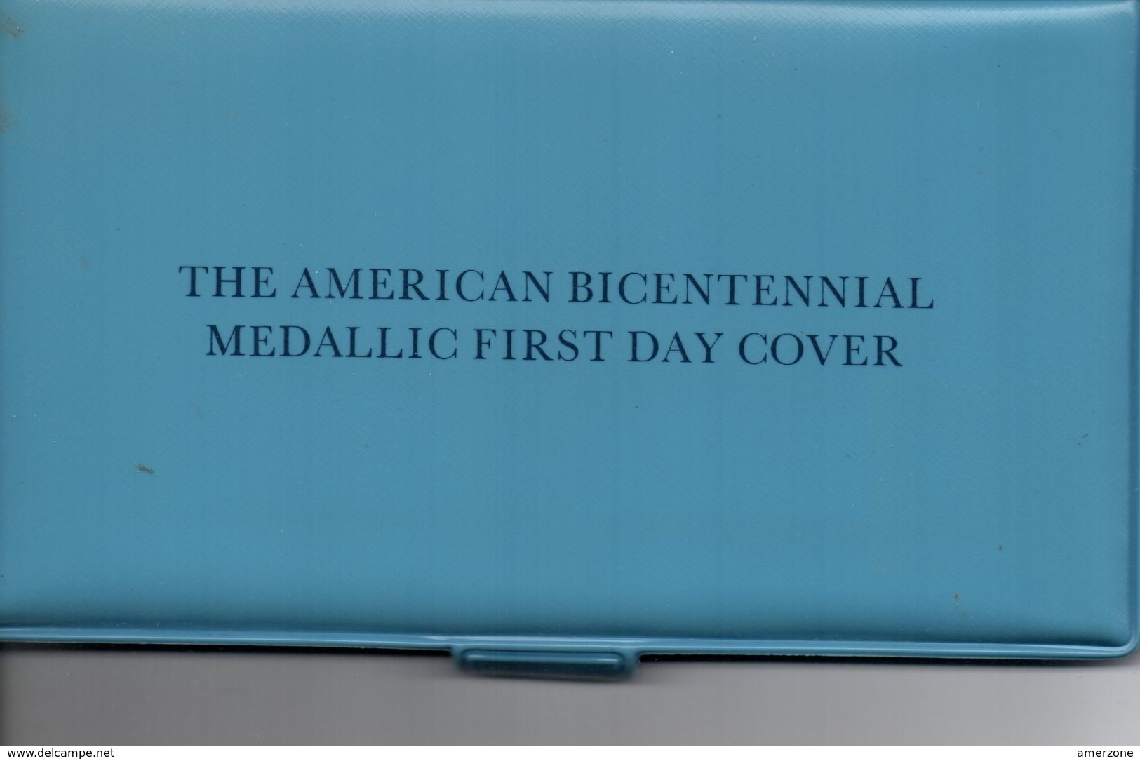 COMMEMORATION DU BICENTENAIRE DES USA  AVEC MEDAILLES 32mm EN ARGENT MASSIF 1er TITRE DANS POCHETTE - Etats-Unis