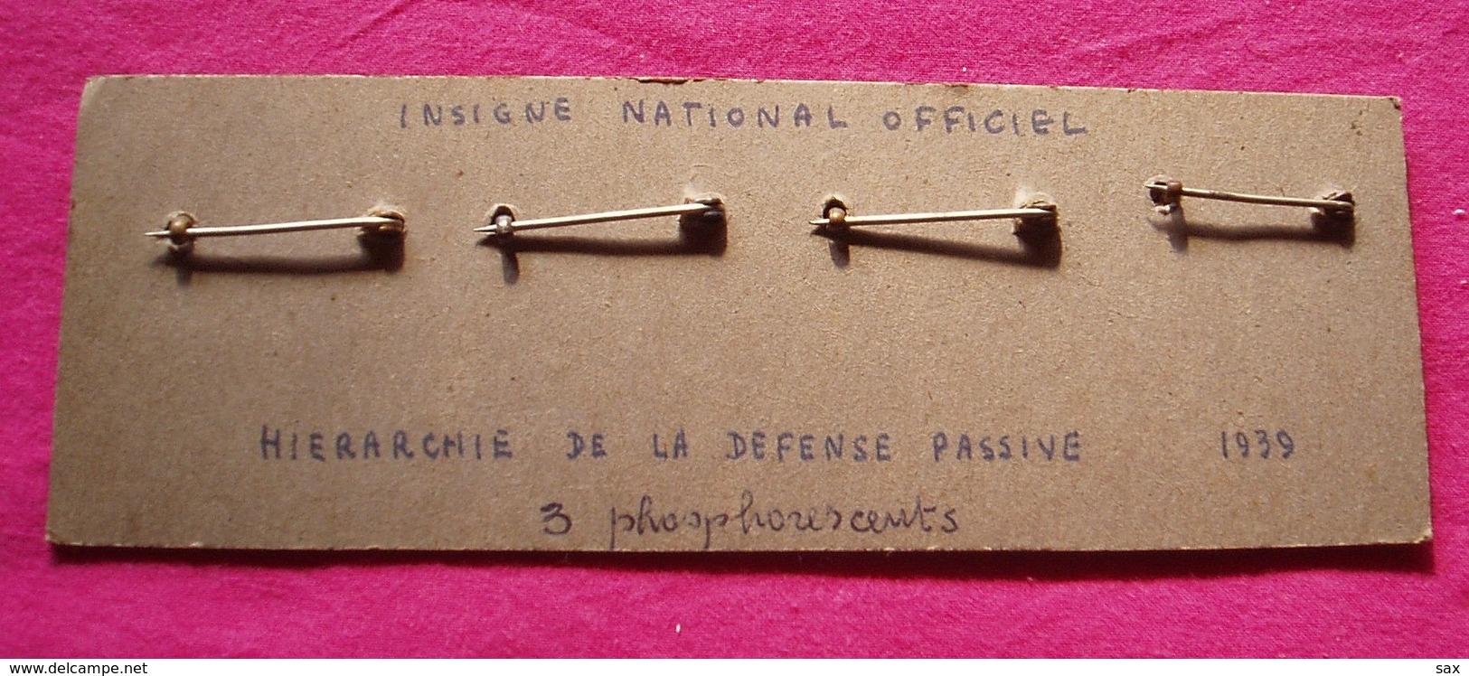 1648  Insignes De La Défense Passive   Fin De Vente Le 19-08 - 1939-45