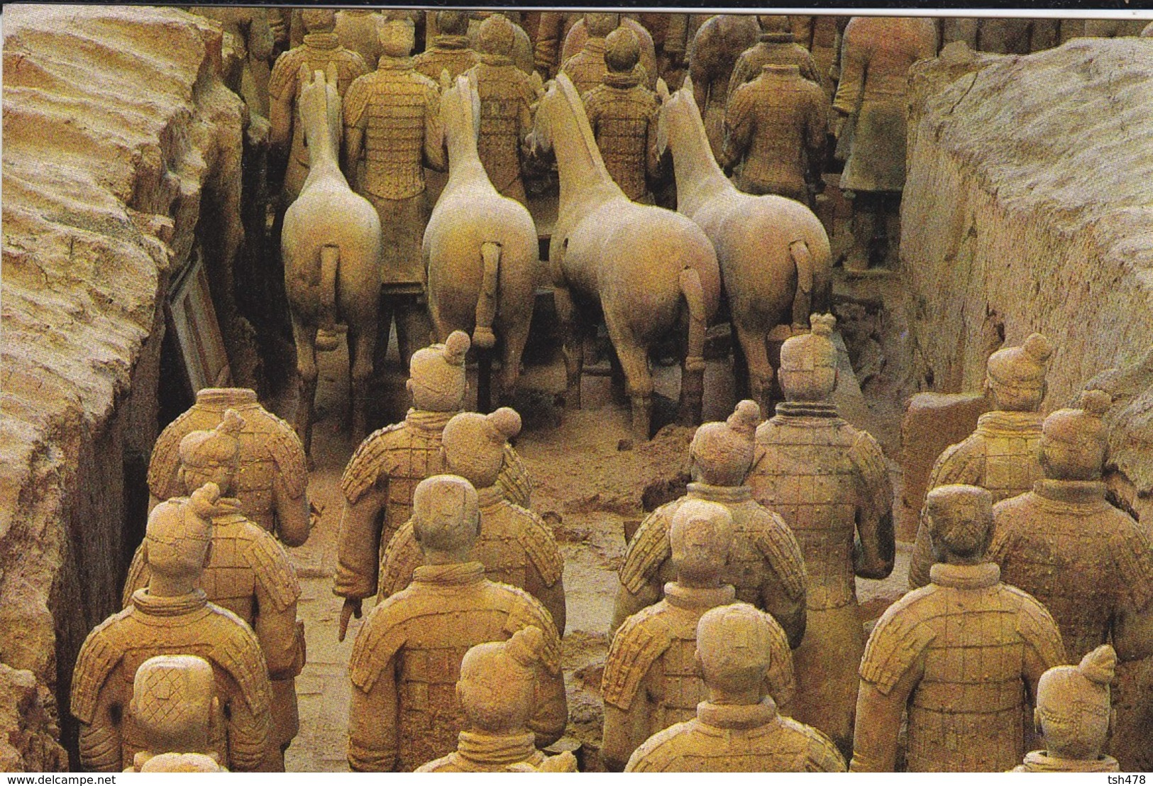 ASIE--CHINE-CHINA--chariot Group With Saddleless Horses--voir 2 Scans - Chine