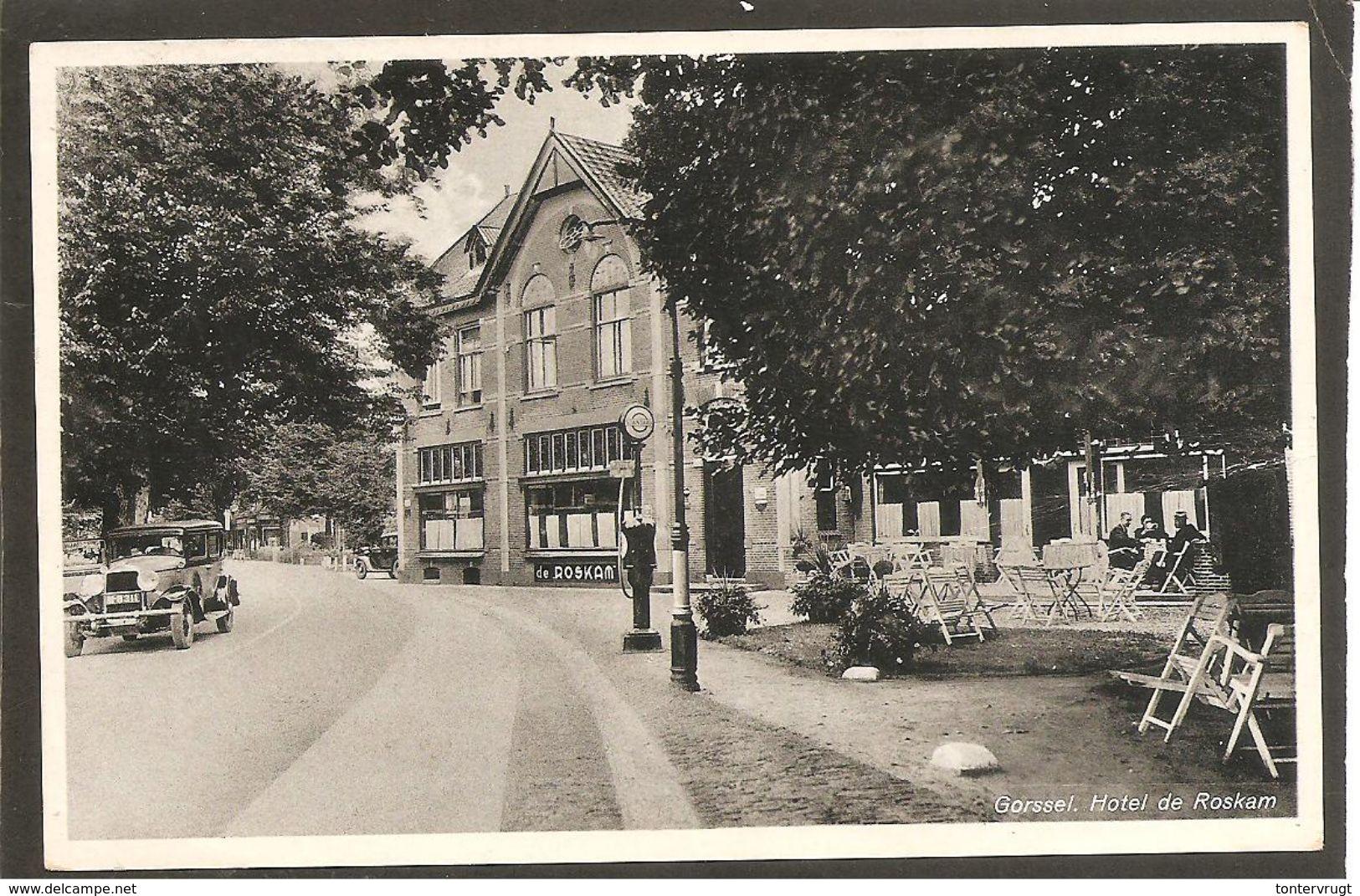 Gorssel. Hotel De Roskam. Oude Auto-Esso Benzinepomp - Niederlande