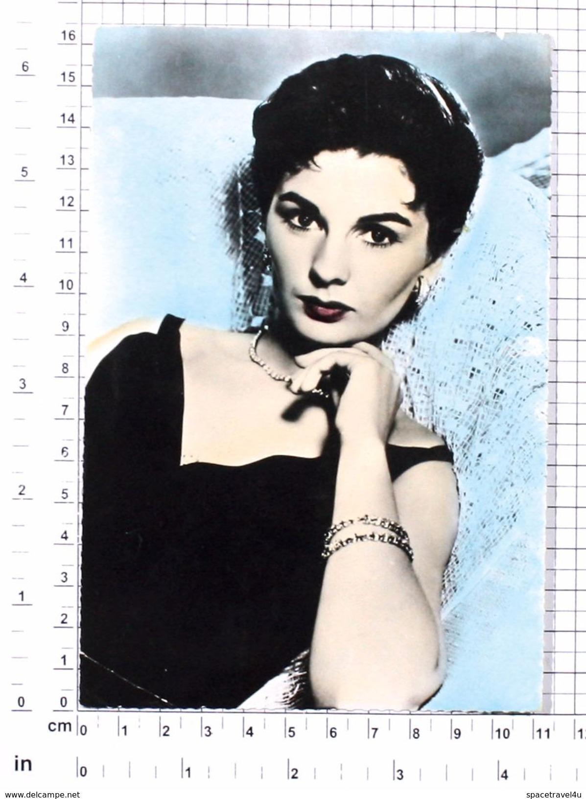 JEAN SIMMONS - Vintage PHOTO POSTCARD (146-I) - Actors