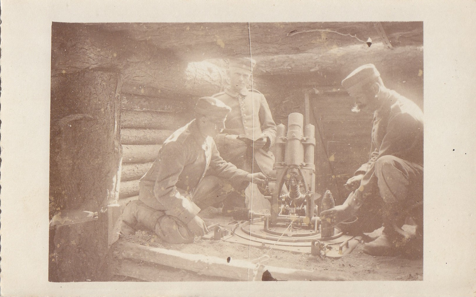 Foto Minenwerfer Im Schützengraben Artillerie Munition 1917 Deutsche Soldaten 1.Weltkrieg - Oorlog, Militair