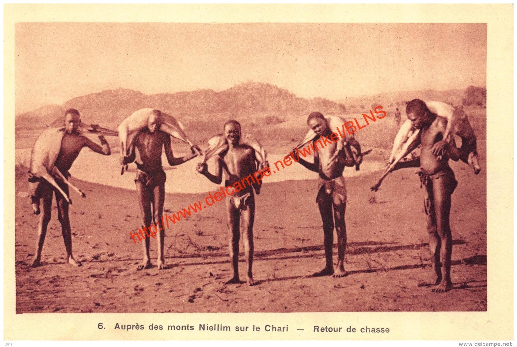 Auprès Des Monts Niellim Sur Le Chari - Retour De Chasse - Centrafricaine (République)