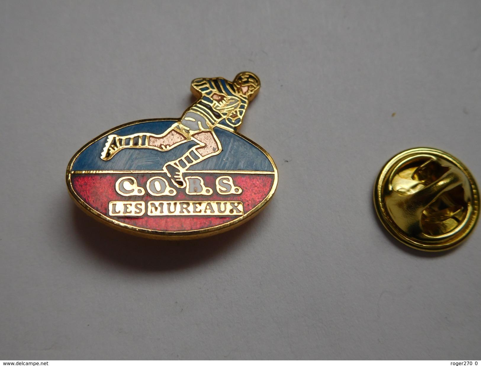 Superbe Pin's En EGF , Rugby , COBS Les Mureaux - Rugby