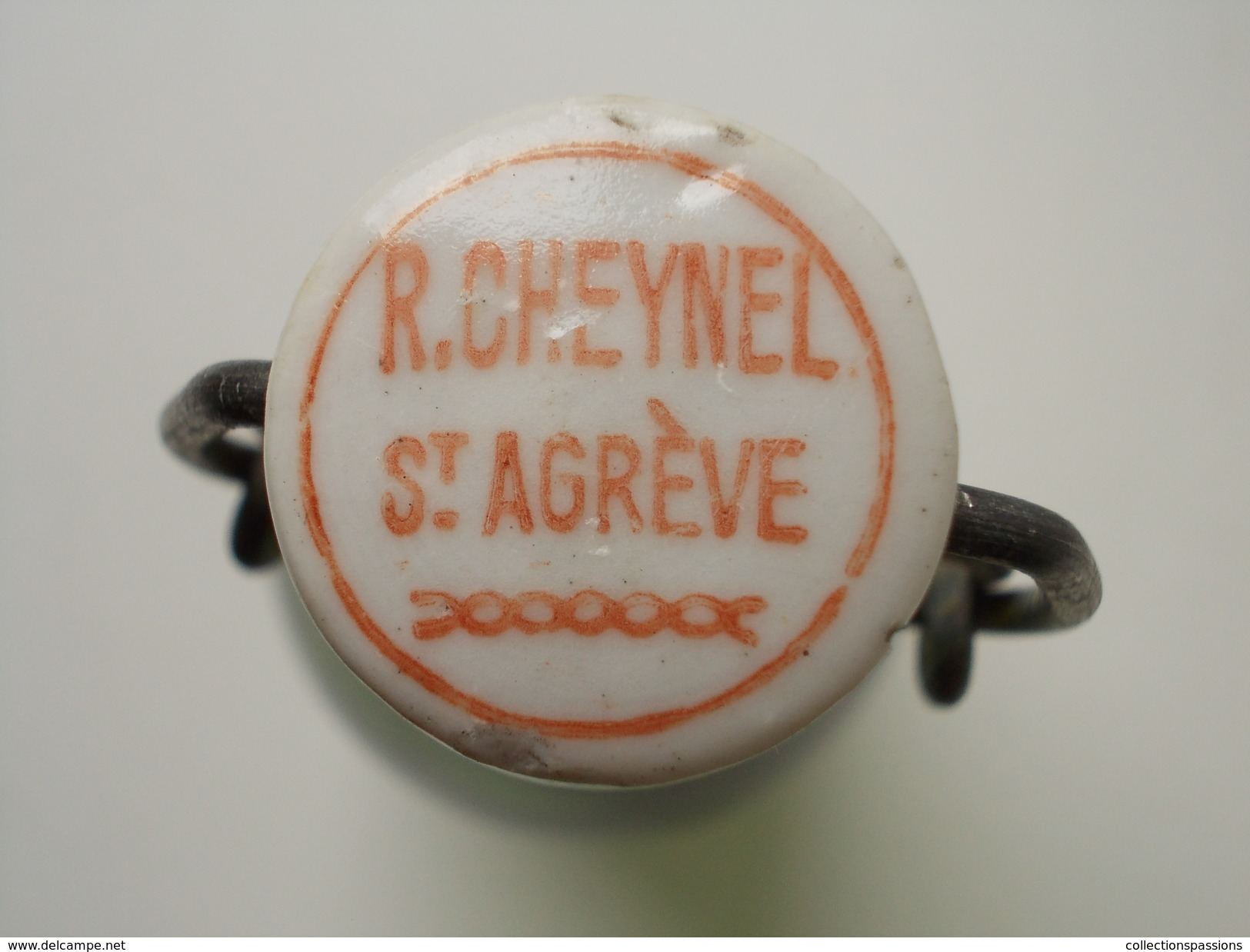 - RARE - Ancienne Bouteille. Limonade R. CHEYNEL - St Agrève - - Autres Collections