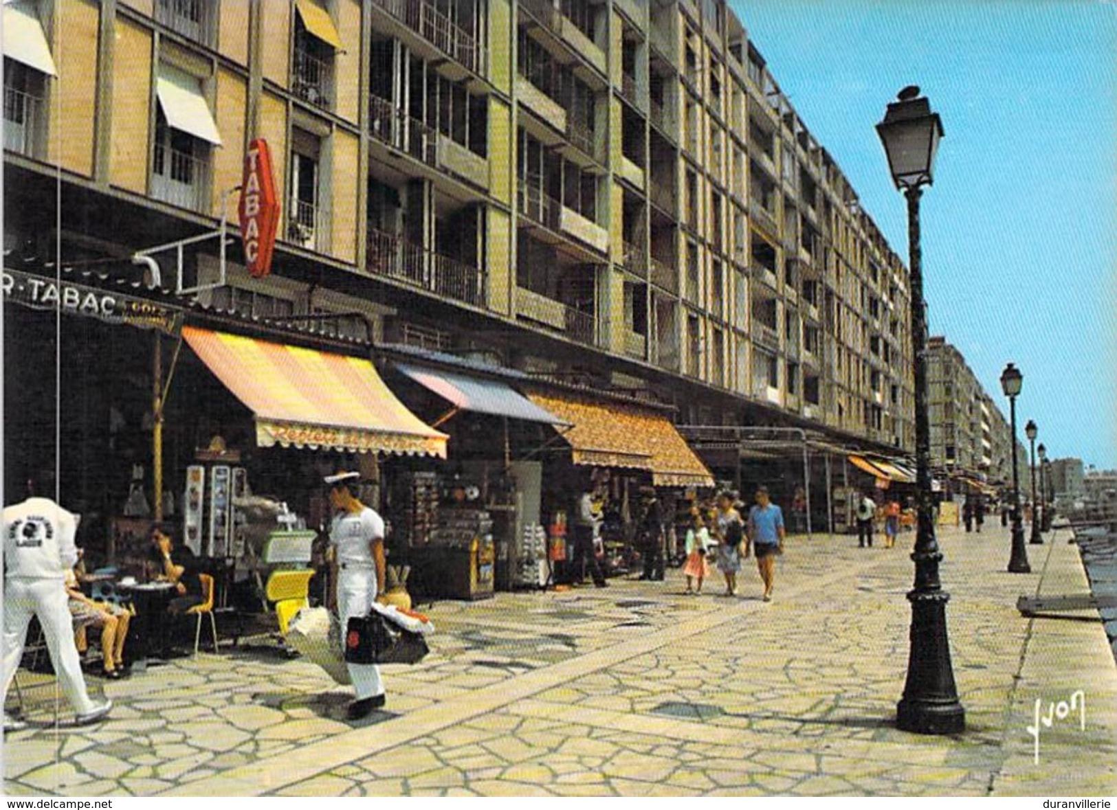 83 - TOULON - Le Port - Quais De La Sinse Et De Stalingrad - Ed. Yvon 10 83 0563 Tabac - Toulon