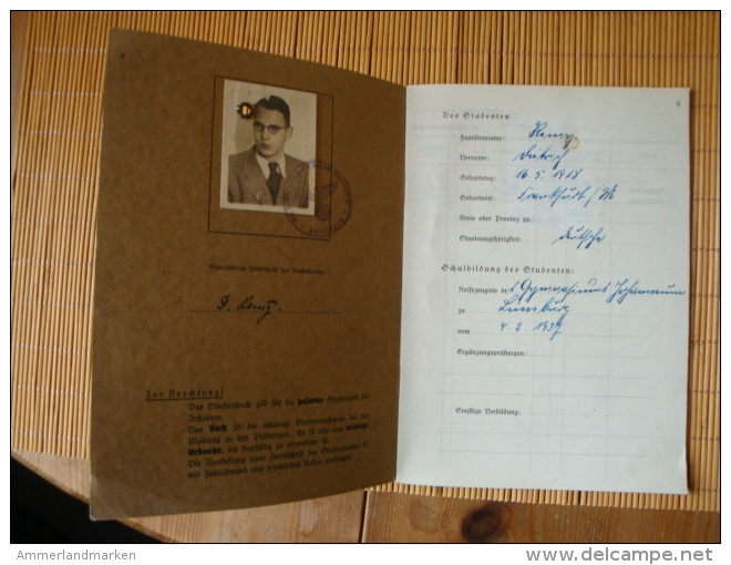 Studienbuch Medizin Von 1942 Universität Göttingen, Mit Lichtbild Und Einigen Eintragungen 1942-43 - Documents Historiques