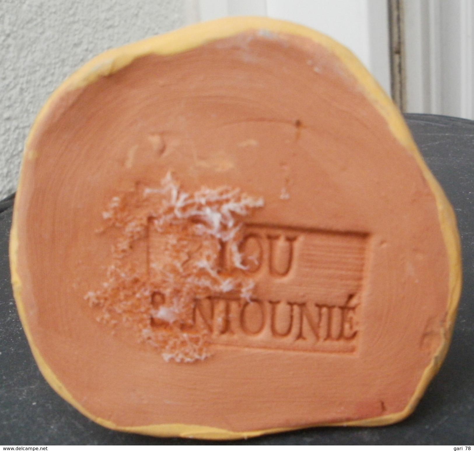 SANTON En Argile,  ROI MAGE  Hauteur  5.5 Cm Estampillé LOU SANTOUNIE - Sculptures