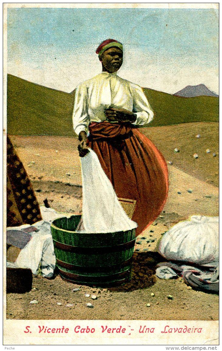 N°55584 -cpa S. Vicente Cabo Verdé -una Lavadeira- - Cap Vert