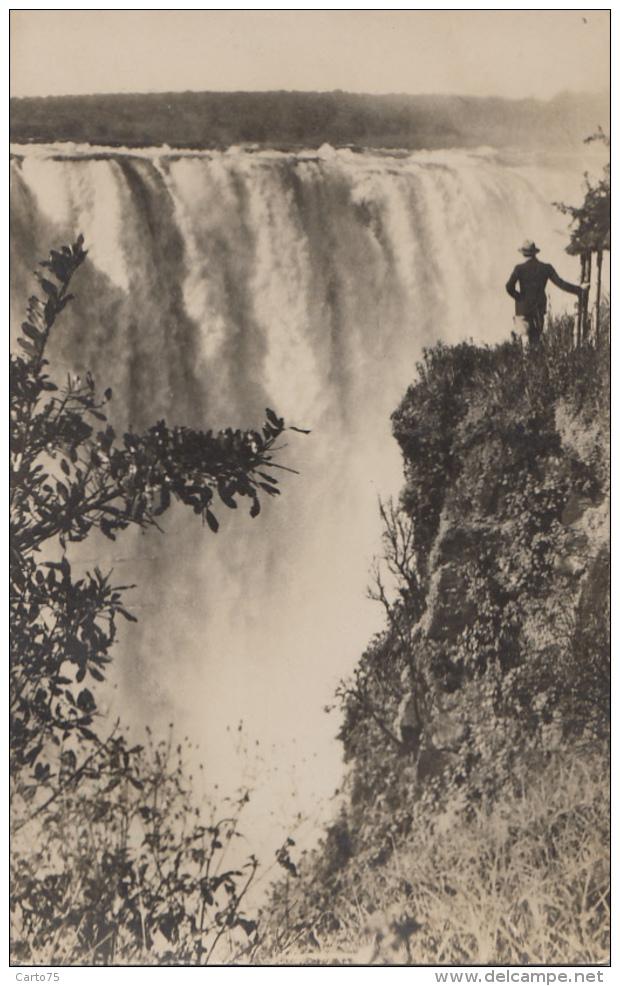 Afrique - Zambie Zimbabwe - Victoria Falls - A View Of The Mains Falls Near The Devil's Cataract - Zambia