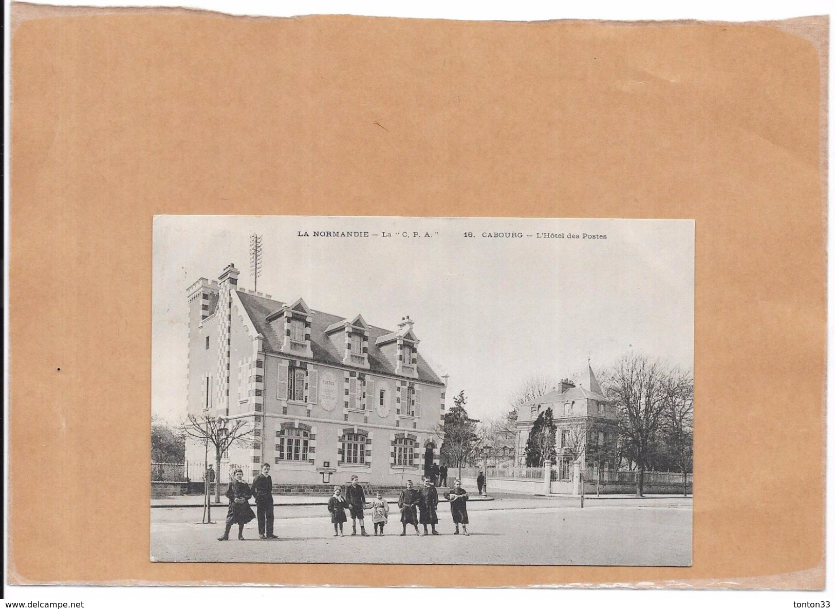 CABOURG - 14 - L'Hotel Des Postes - BERG1 - - Cabourg