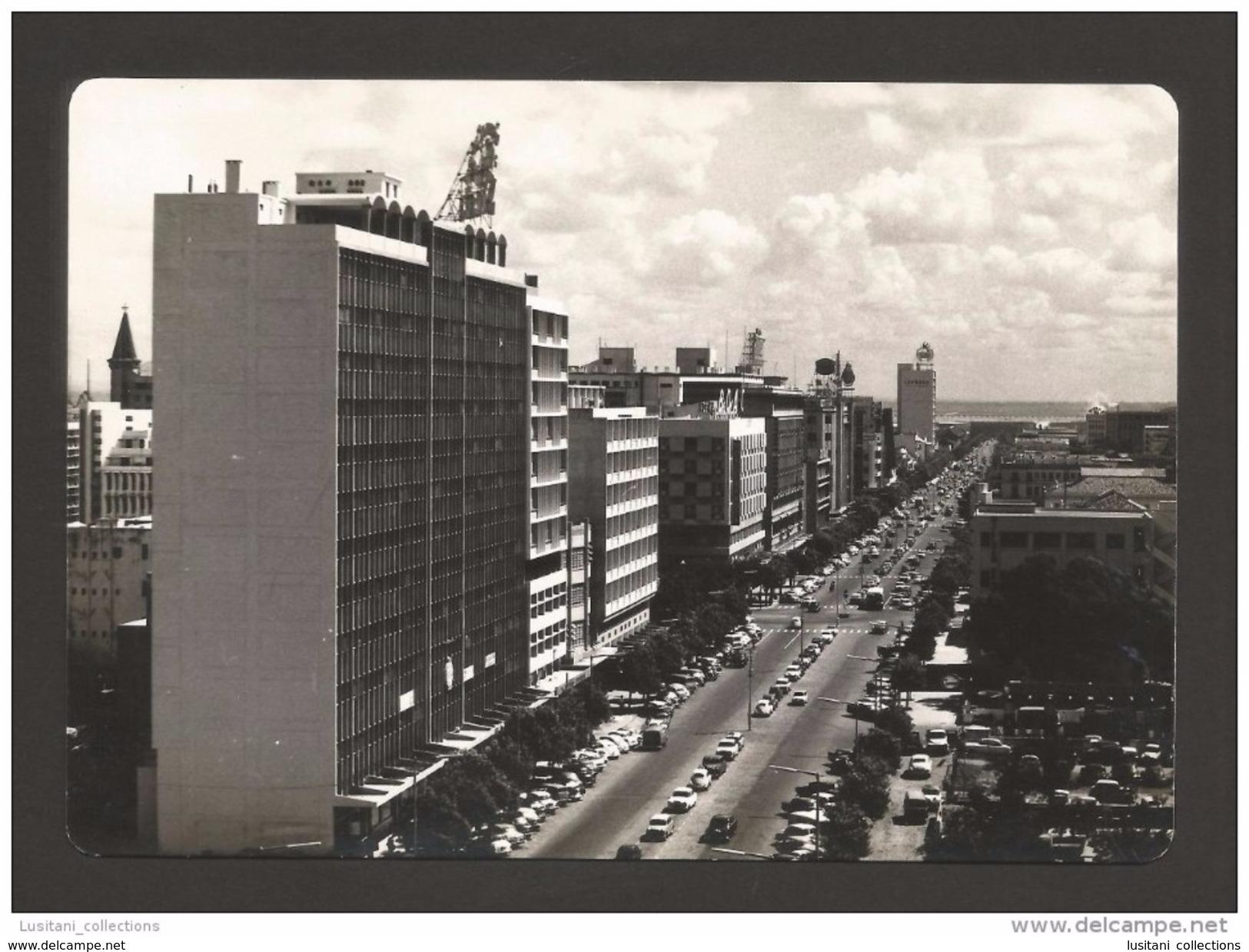 LOURENÇO MARQUES 1950 YEARS MOZAMBIQUE MOÇAMBIQUE STREET SCENE & CLASSIC CAR CARS AFRICA AFRIKA AFRIQUE POSTCARD - Mozambique