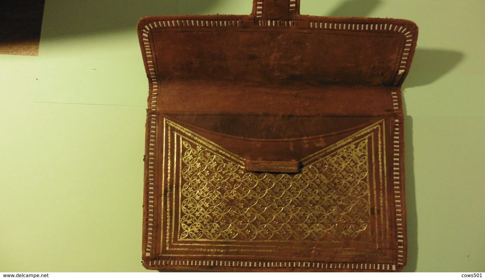 Saccoche En Cuir  à  Billets  Ou Documents  Type Africaine - Art Africain