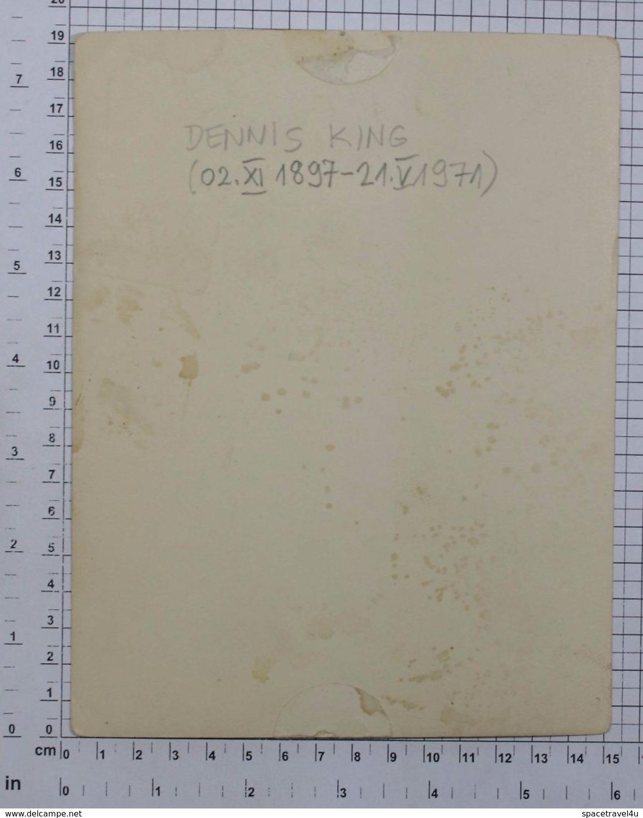 DENNIS KING - Vintage PHOTO Autograph REPRINT (SF-03) - Reproductions
