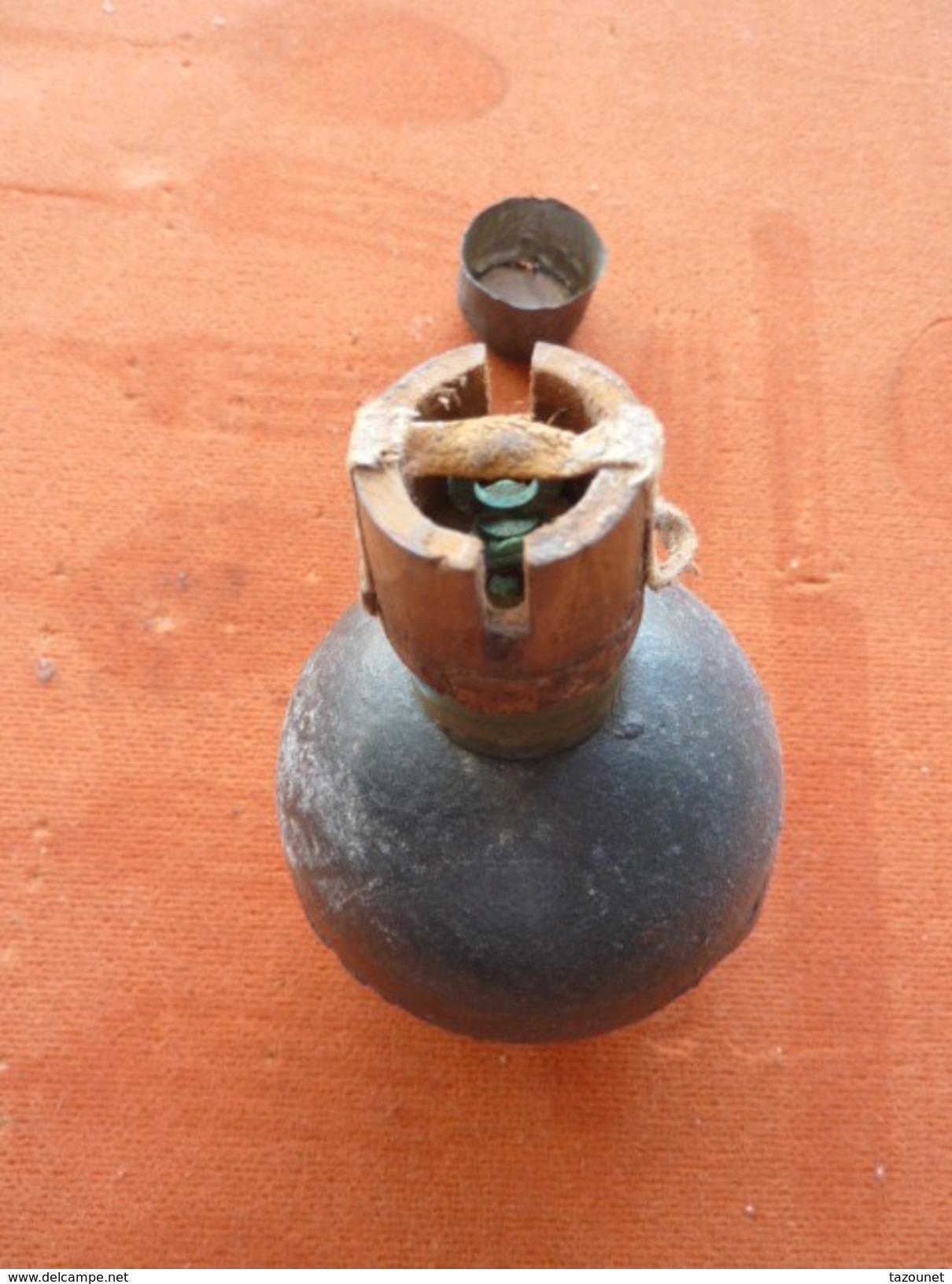Grenade Française Modèle 1914 Et Sa Rare Fusée 1914, Mine, 1939-45, 1914-18 Equipements - Armes Neutralisées