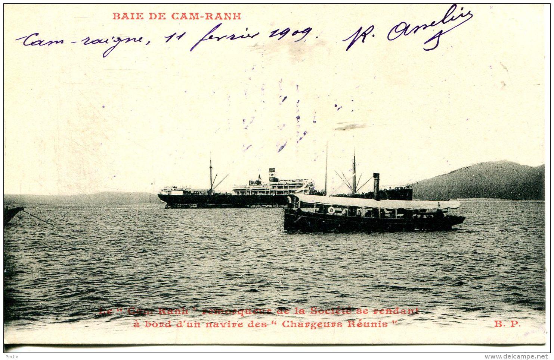 """N°58133 -cpa Remorqueur Se Rendant à Bord D'un Navire Des """"chargeurs Réunis"""" Baie De Cam Kanh- - Remorqueurs"""