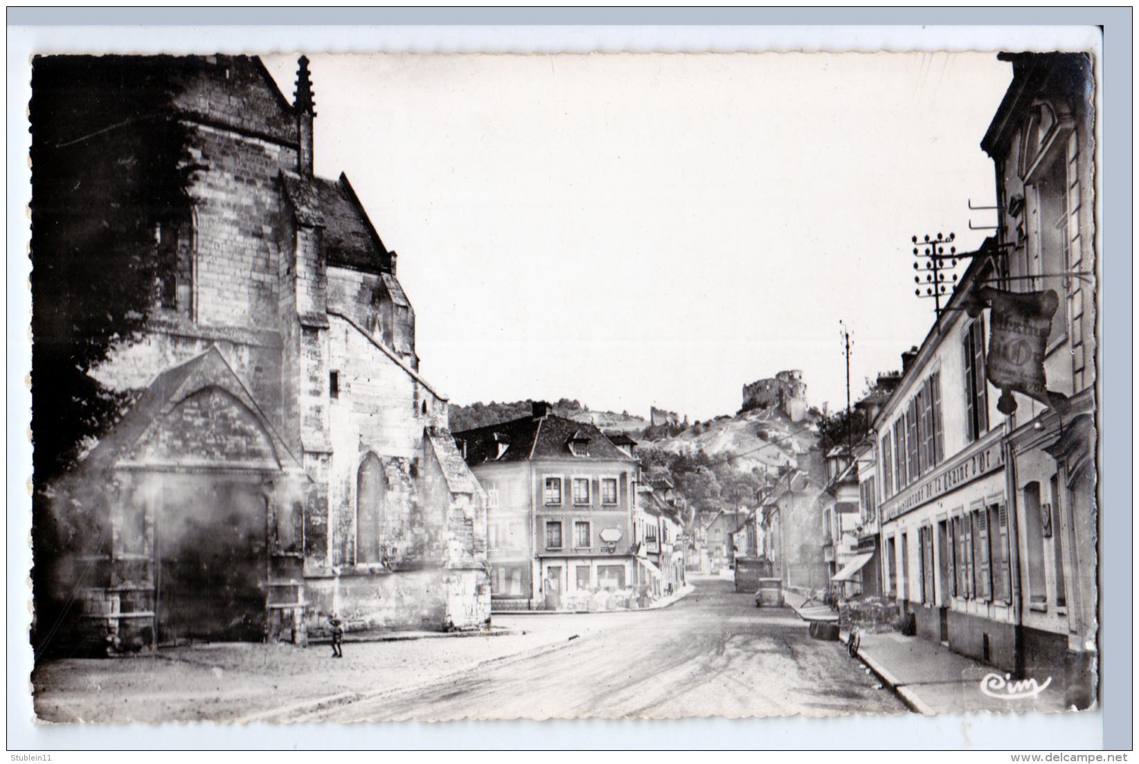 Les Andelys (Eure) Rue Principale + La Forteresse   LES 2 CARTES       (CPSM, Bords Dentelés, Format 9 X 14) - Les Andelys