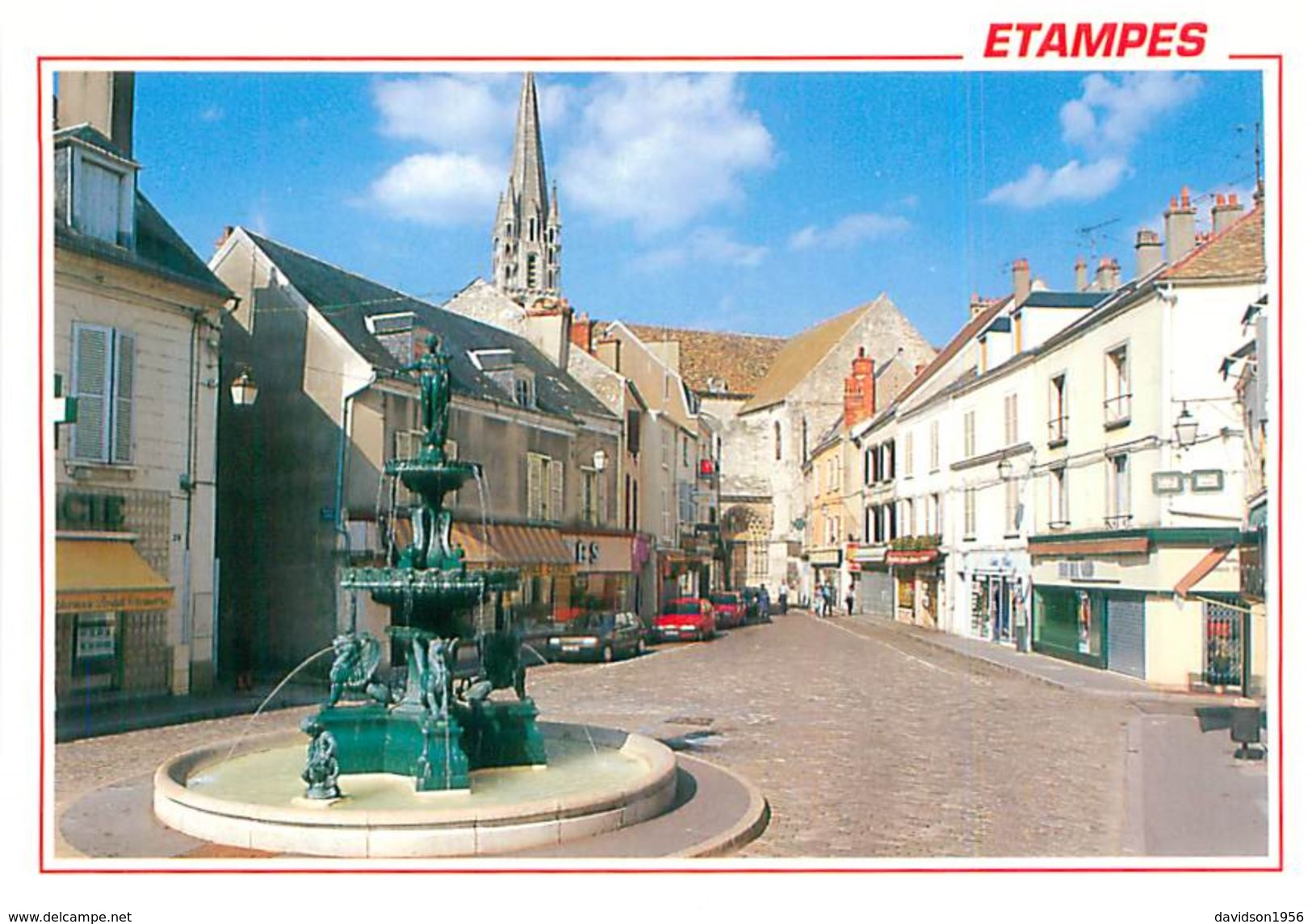 Cpsm -     Etampes  - Place Notre Dame ,  La Fontaine      V237 - Etampes
