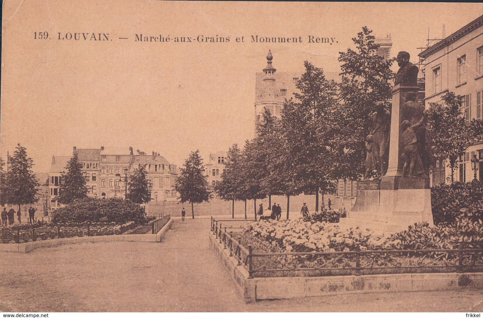 Leuven Louvain Marché Aux Grains Et Monument Remy - Leuven