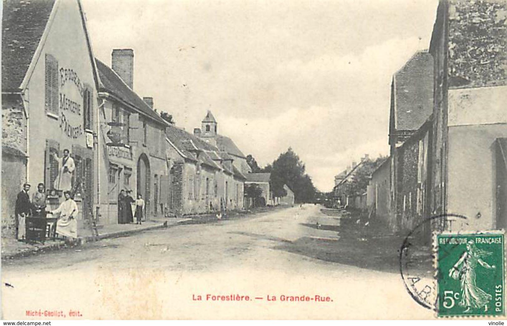 A-17.9675 : LA FORESTIERE. LA GRANDE RUE - Autres Communes