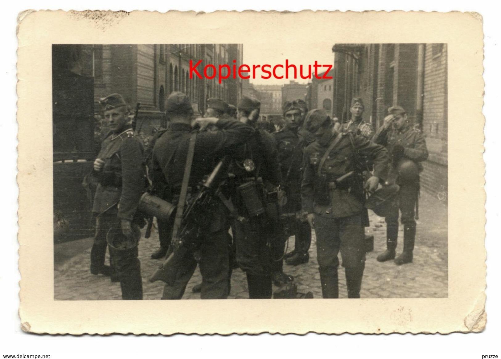 Deutsche Soldaten Mit Ausrüstung - Weltkrieg 1939-45