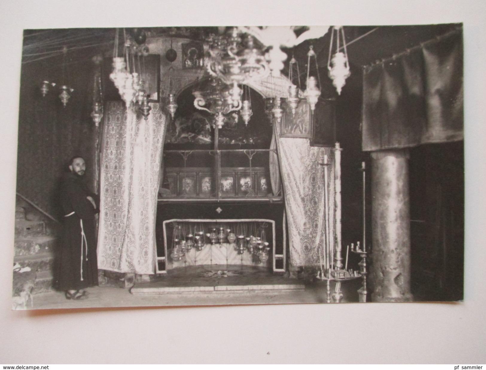 AK / Echtfoto 1933 Israel / Palestina / Jerusalem. Heilige Grabstädte. Bethlehem Grotto Of Nativity. Mönch - Palästina