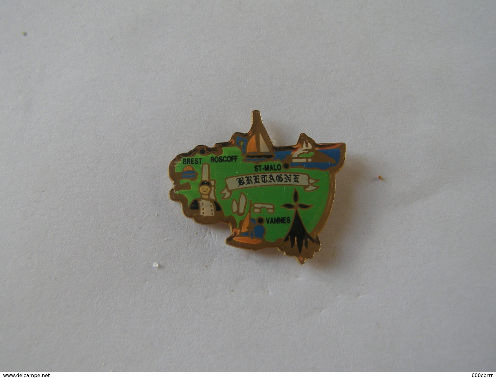 Pins Bretagne - Città