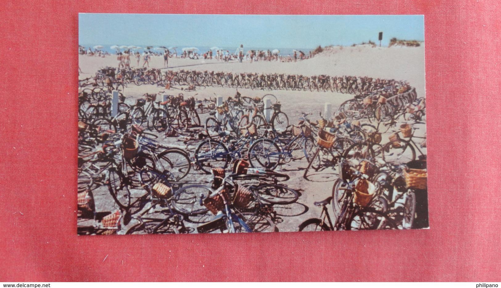 - Massachusetts > Nantucket Beach Cyclists & Bathers  Ref 2726 - Nantucket