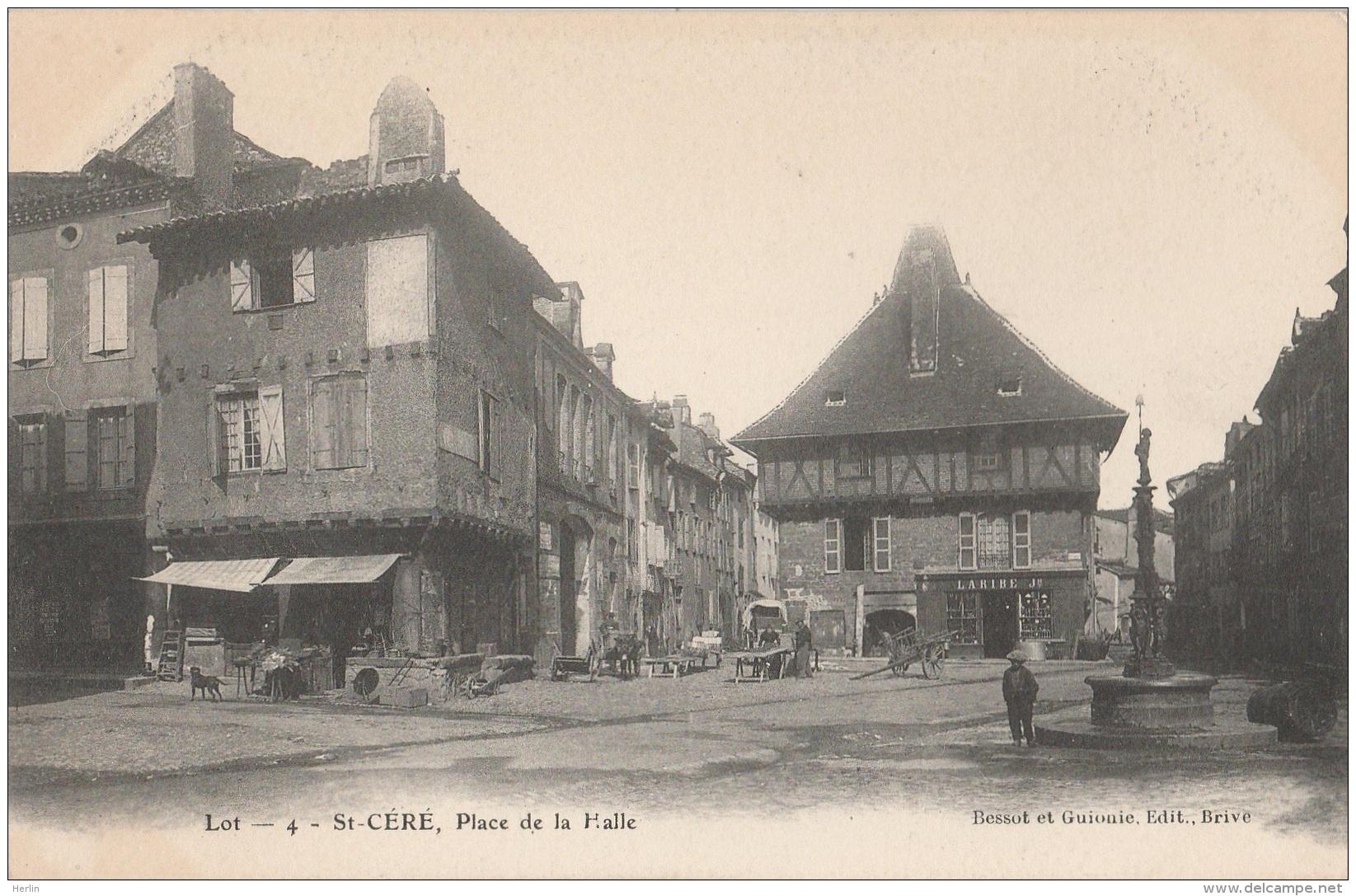 CV / 46 - SAINT-CERE - Place De La Halle (impeccable) - Saint-Céré