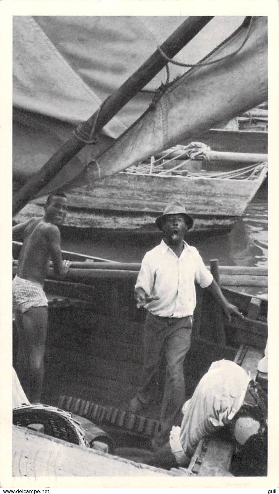 PUB BIOMARINE Amérique > Antilles > BAHAMAS  Retour De Pêche  (Philatélie Timbre Stamp  BAHAMAS  Cachet 1952 NASSAU) - Bahamas