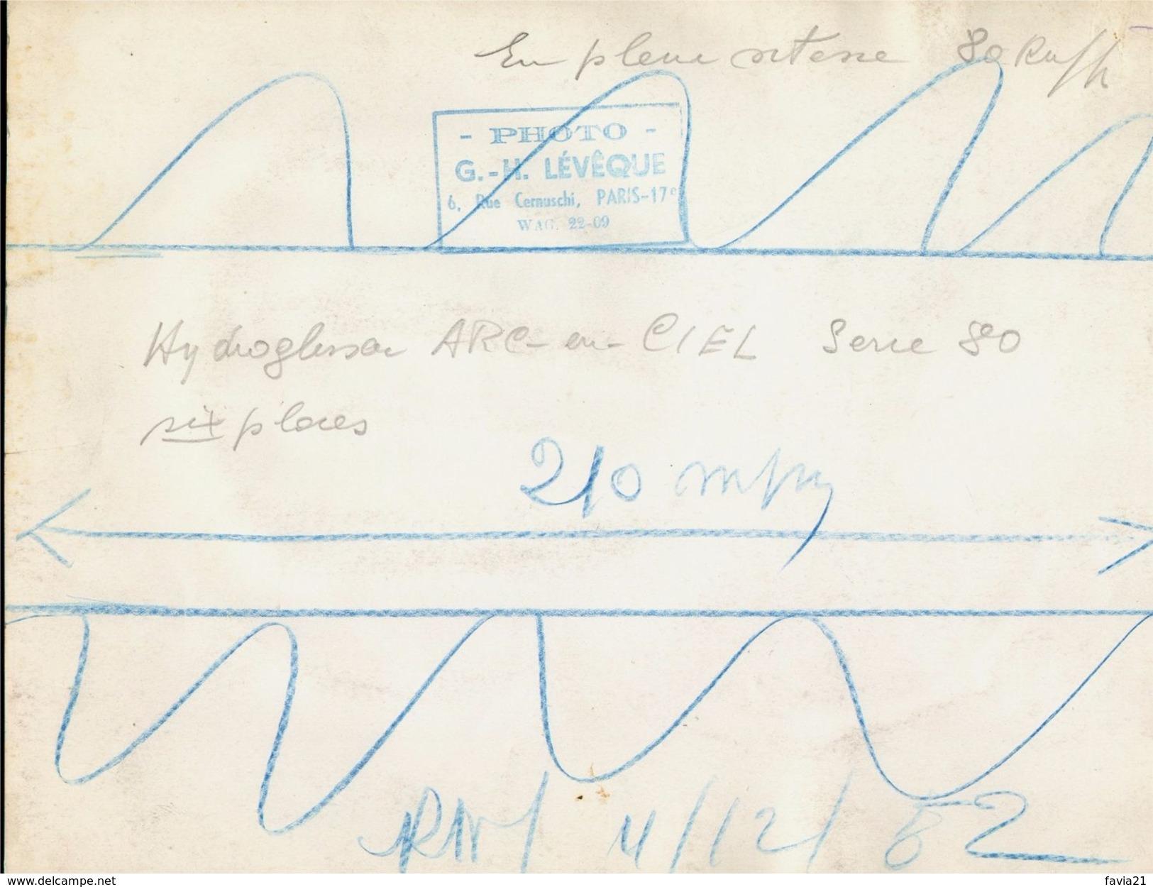 PHOTO De Presse 18 X 24 - Hydroglisseur COUZINET Arc En Ciel - TYPE H 80 - Cliché LEVEQUE - Bateaux