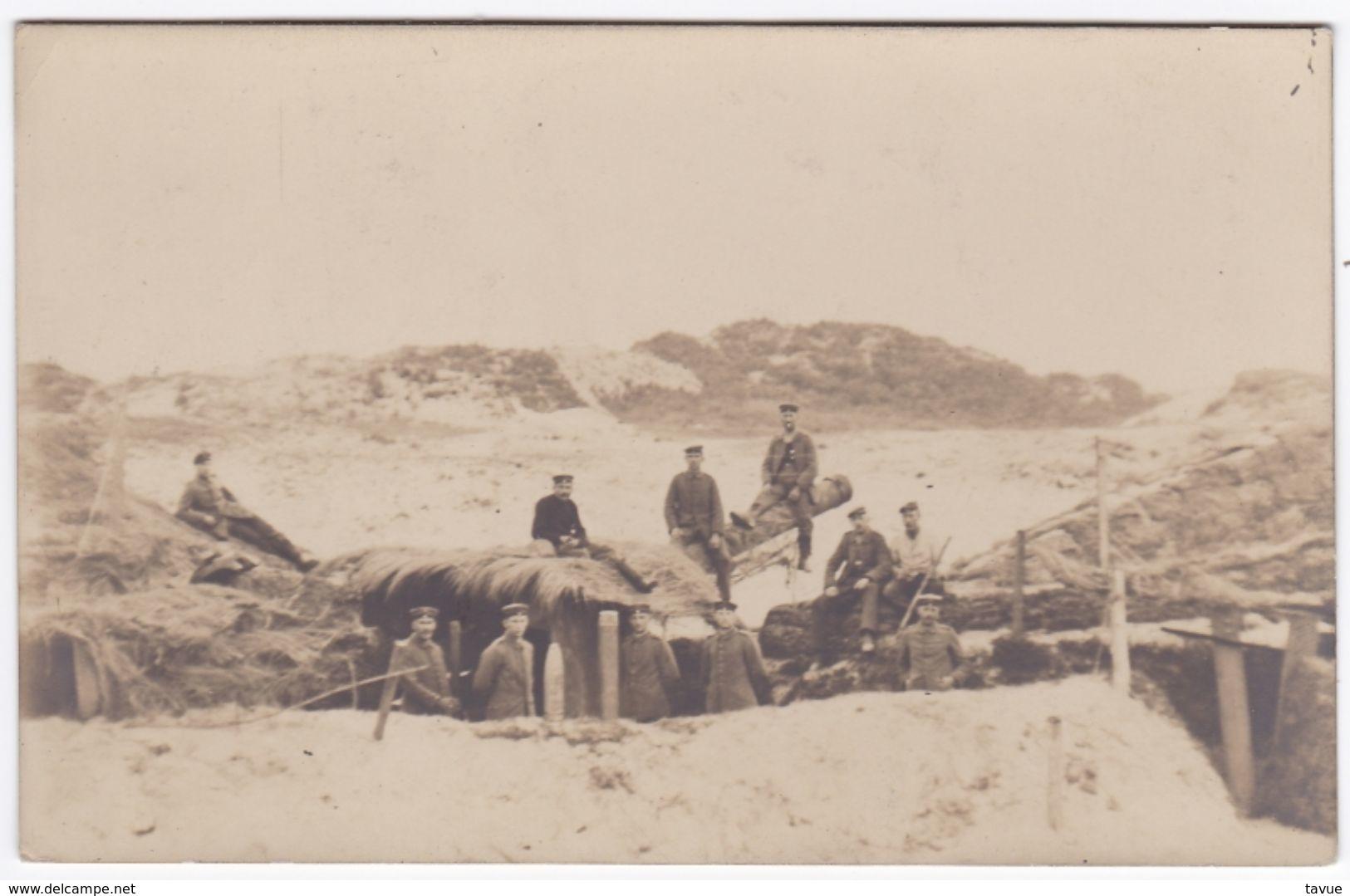 Alte Ansichtskarte Von Einer Schirmlafettenstellung An Der Westfront - Ausrüstung