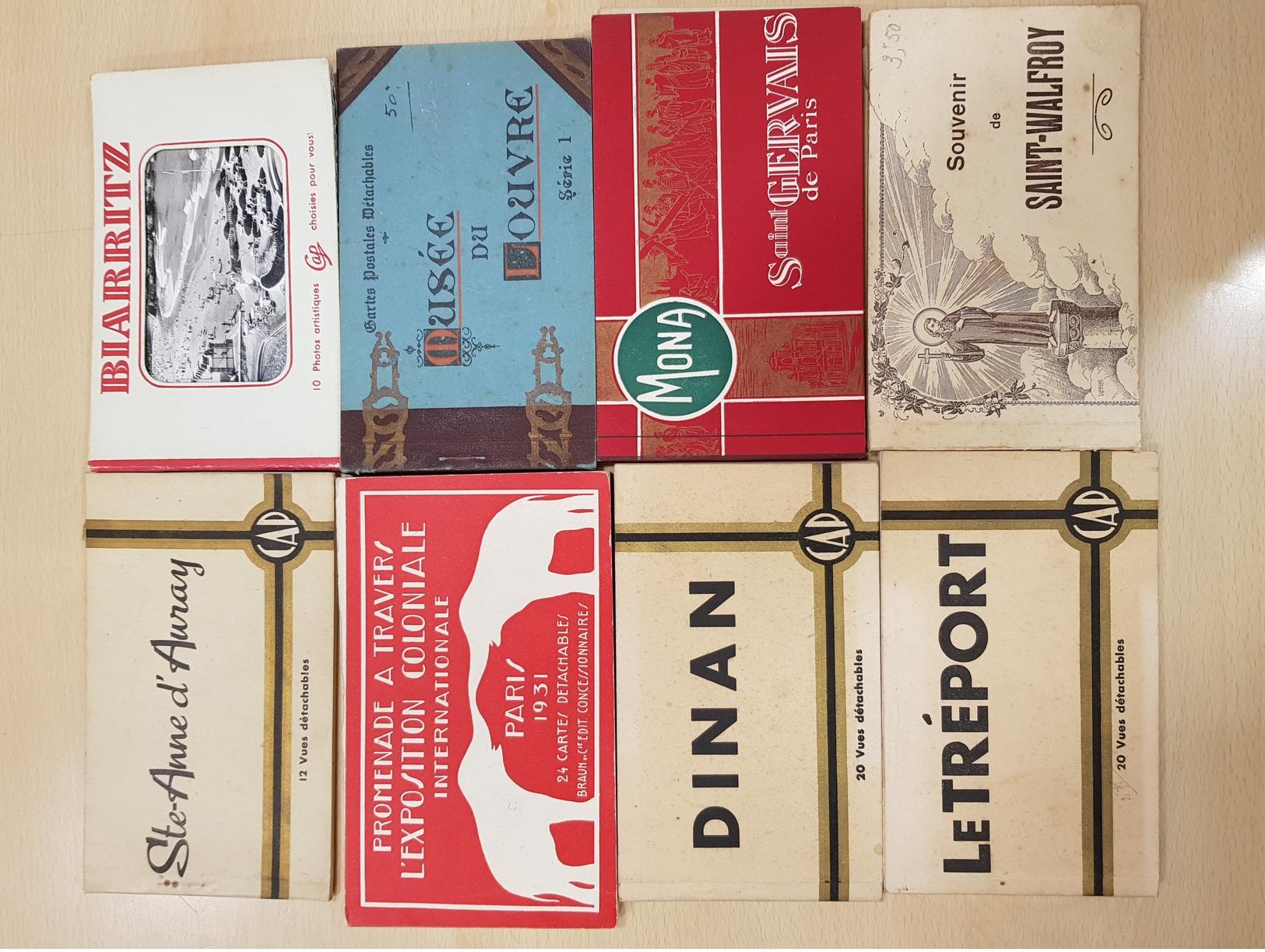 Lot De 67 Carnets - Postcards