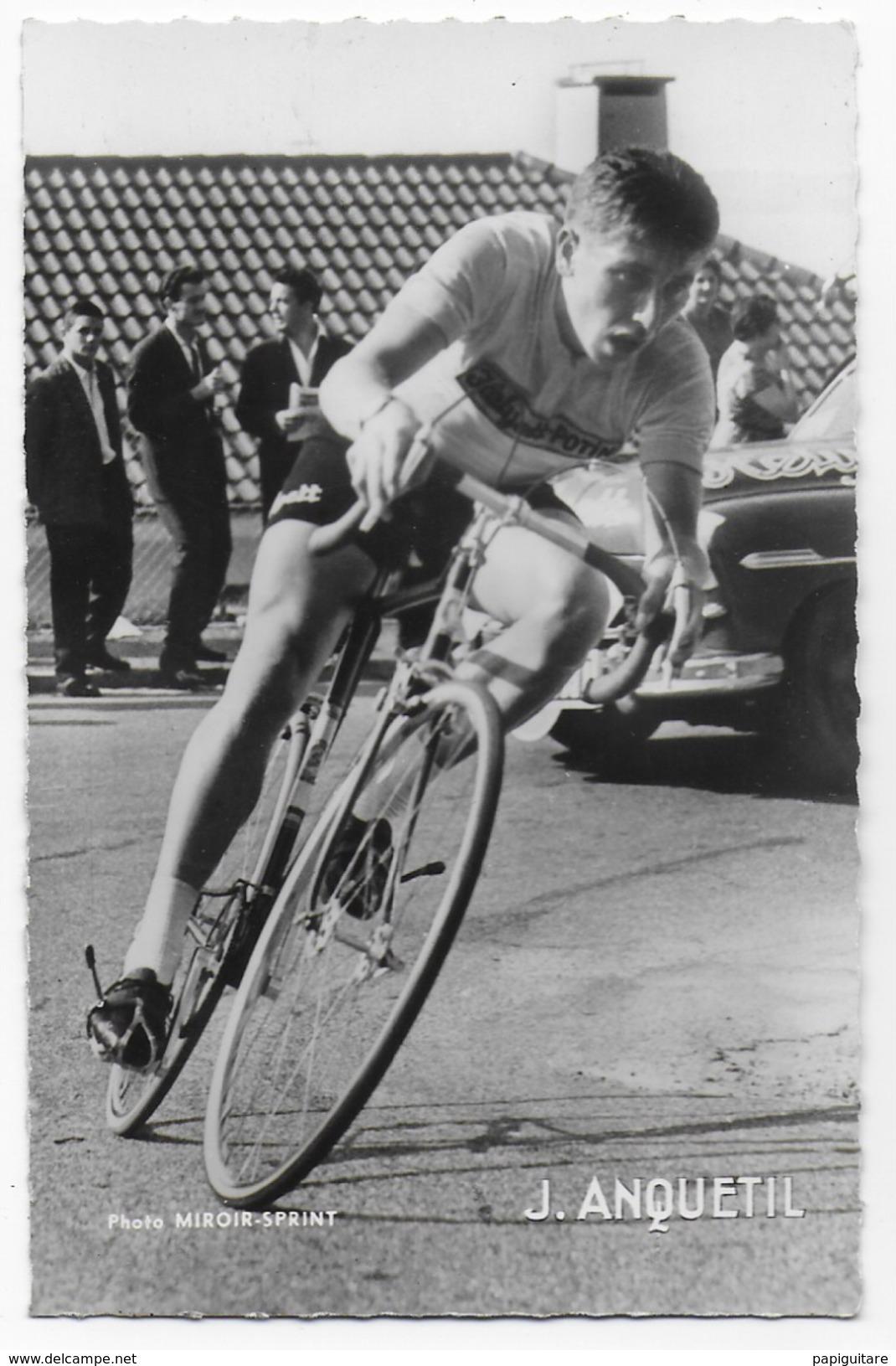 Belle Photo De Jacques Anquetil , En Pleine Course , Photo Miroir-sprint  9x14cm , Photo Rare - Cyclisme