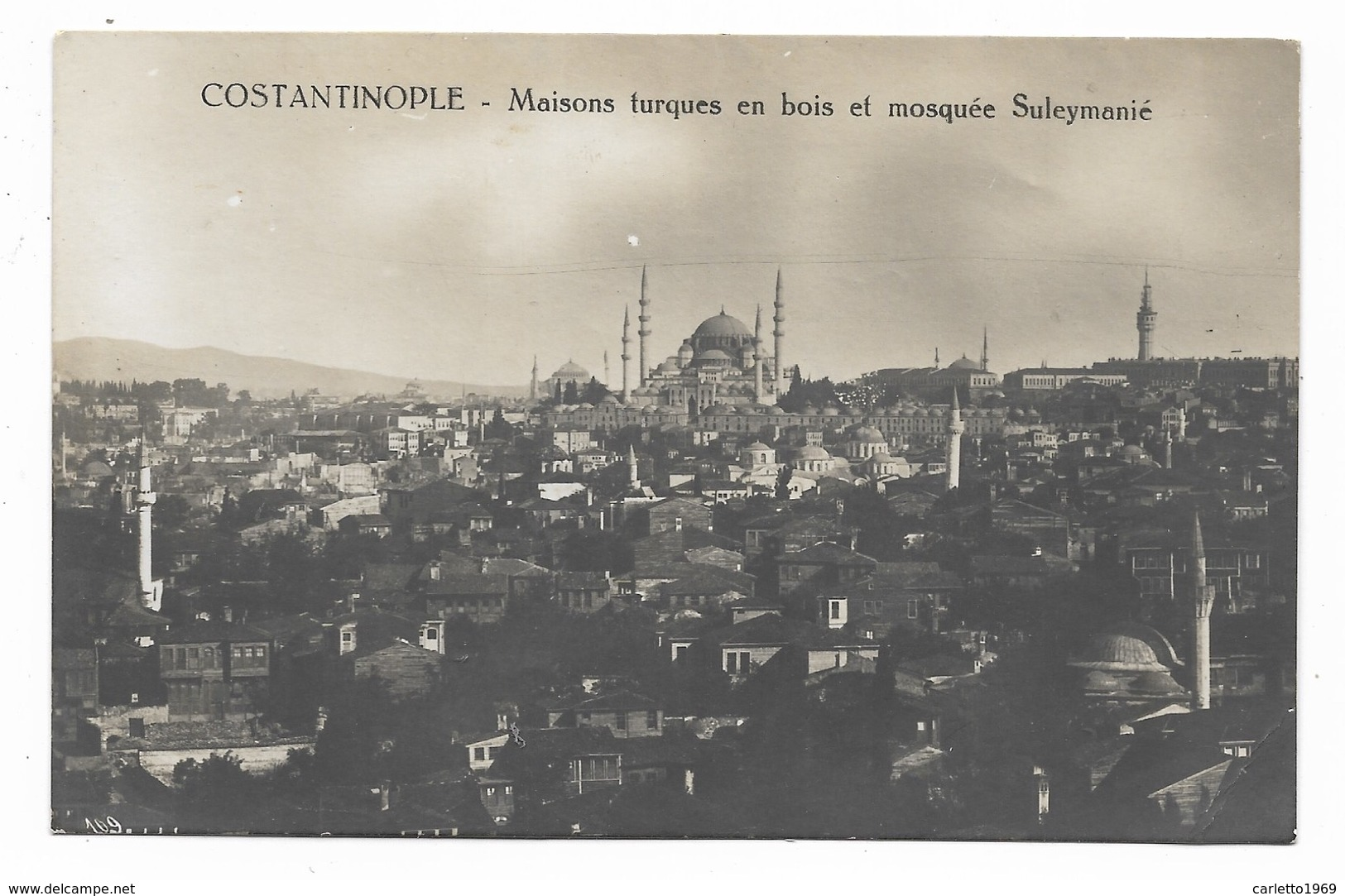 COSTANTINOPLE - MAISONS TURQUES EN BOIS ET MOSQUEE SULEYMANIE - NV FP - Turchia