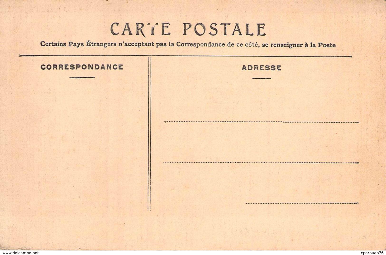 C P A 76] Seine Maritime  Clères Animée Postes Et Télégraphes Le Café édit Bauchet   Normandie - Clères