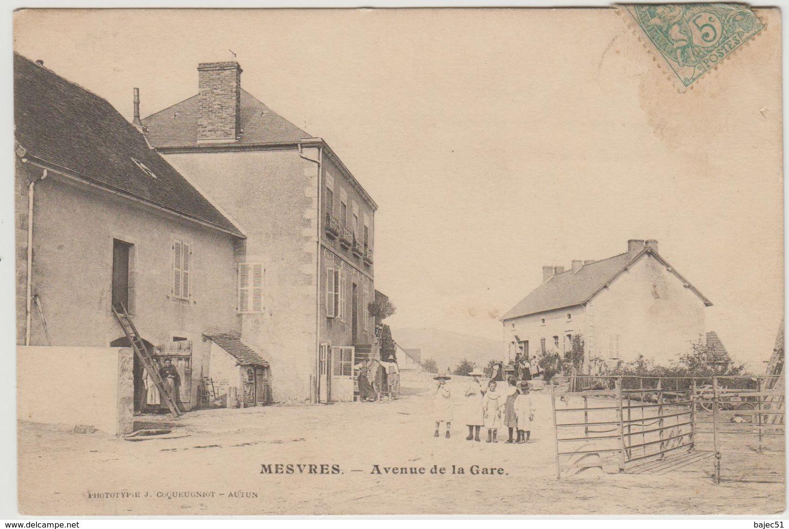 1 Cpa De Mesvres - France