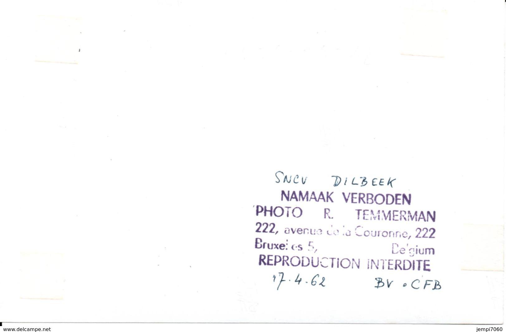 DILBEEK : Dépôt SNCB/NMVB Trams Sortant Du ... - Autres