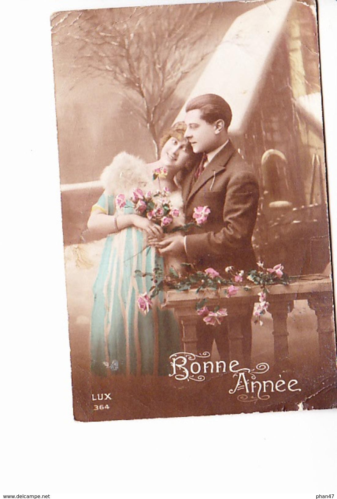BONNE ANNEE, Couple Amoureux Devant église Enneigée, Ed. Lux 1910 Environ - Nouvel An