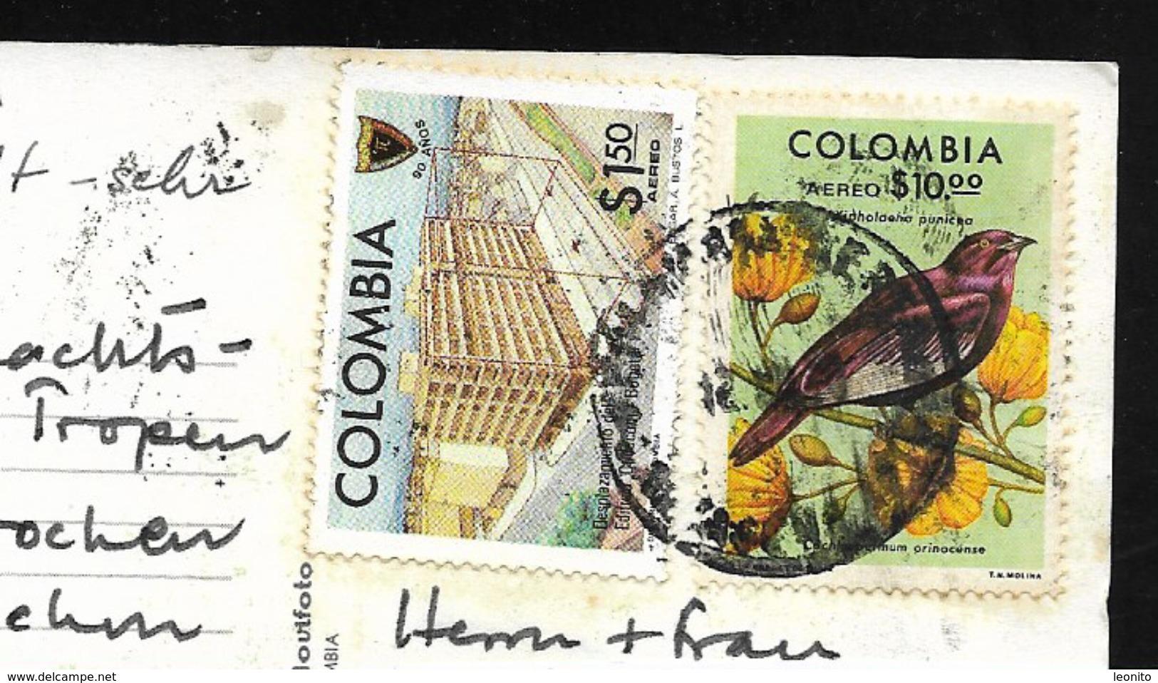 COLOMBIA Cartagena De Indias Bolivar Calle Y Balcones Que Se Antecruzan - Colombia
