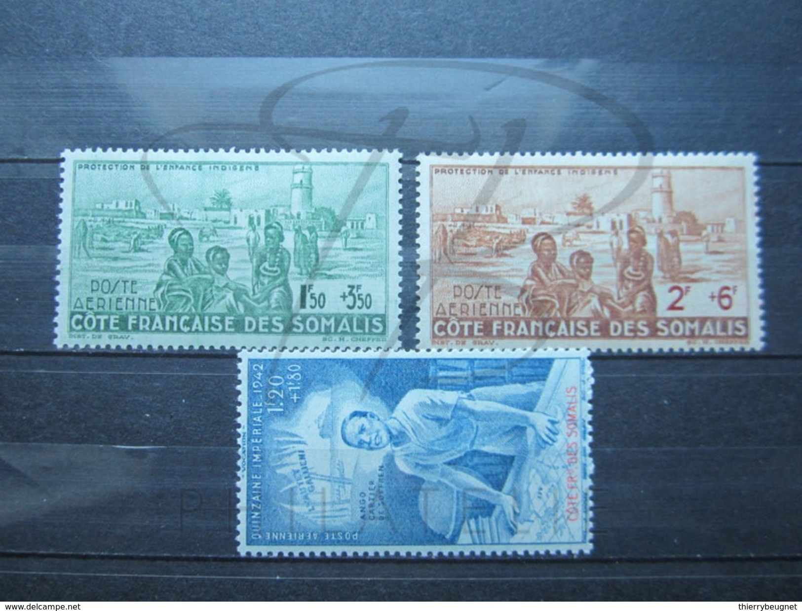 VEND BEAUX TIMBRES DE POSTE AERIENNE DE LA COTE FRANCAISE DES SOMALIS N° 8 - 10 , X !!! - Côte Française Des Somalis (1894-1967)