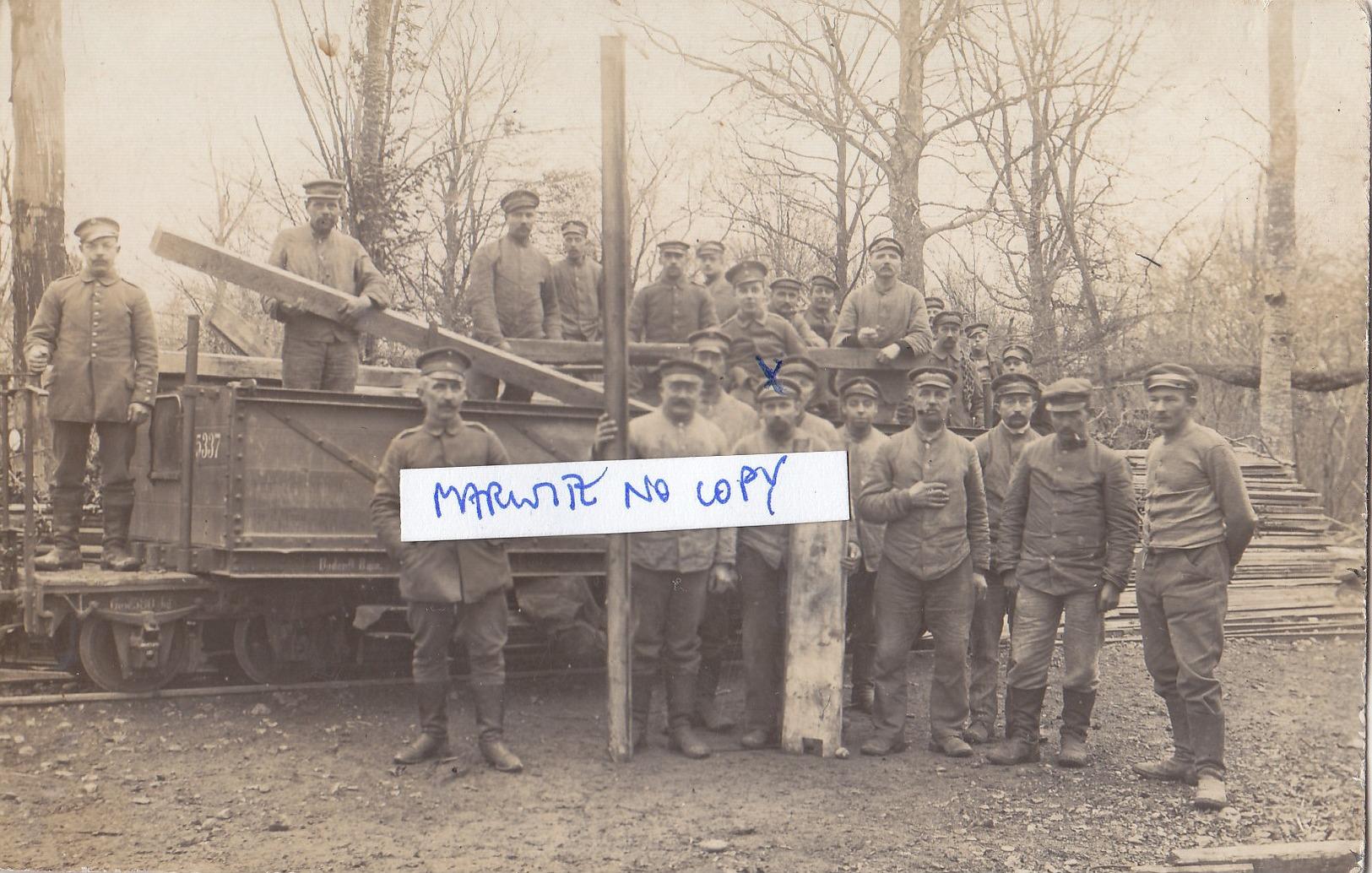 Foto Eisenbahn-Waggon Armierungs Batl. Pioniere  Deutsche Soldaten 1.Weltkrieg - Oorlog, Militair
